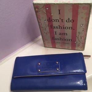Kate spade vinyl wallet
